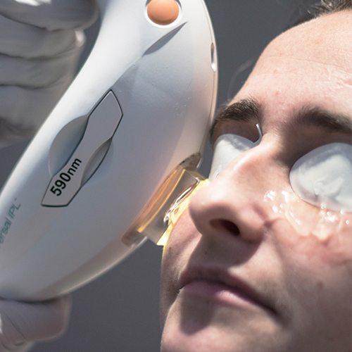 droge ogen specialist